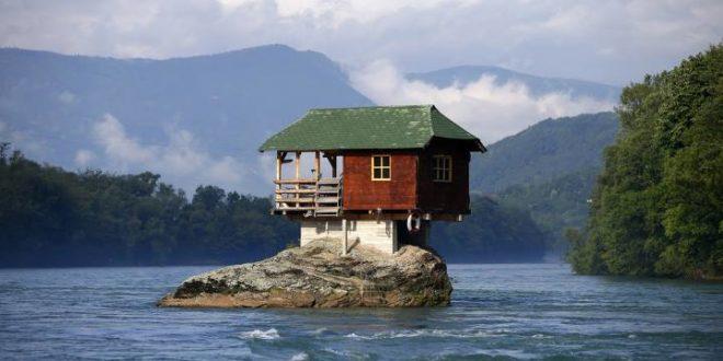 عجیب ترین خانه های دنیا که شما را بهتزده میکنند