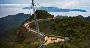 اینجا پل آسمان در مالزی است؛ با چشم اندازی کم نظیر
