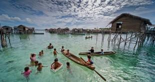 زندگی بر روی آب در مالزی