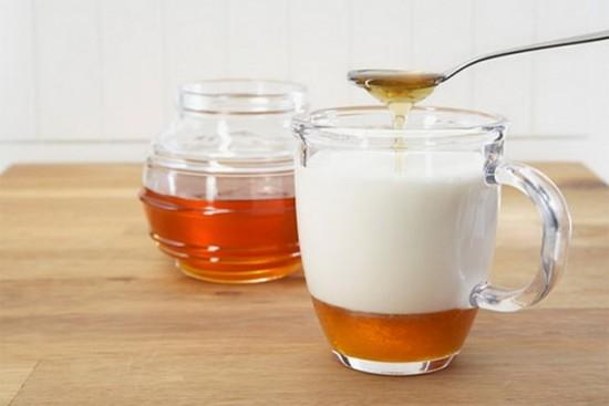 شیر عسل