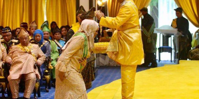 با عناوین اجتماعی مالزی آشنا شوید