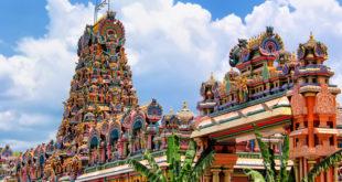 """""""سری ماهاماریامان"""" یکی از قدیمی ترین و باشکوه ترین معابد مالزی"""