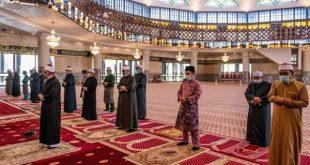 بازگشایی مساجد مالزی پس از دو ماه تعطیلی به دلیل شرایط کرونا