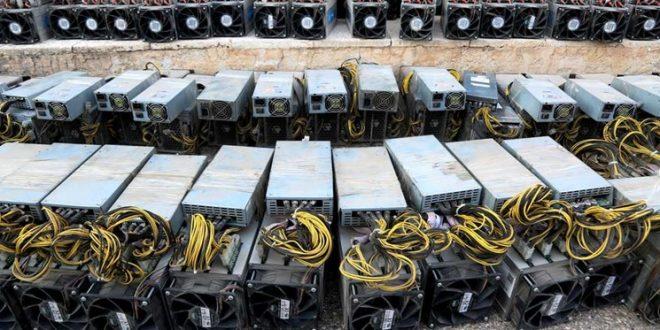پلیس مالزی از روی هزار دستگاه استخراج بیت کوین با غلتک رد شد