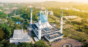 بلندترین مناره مسجد«آبی» مالزی در رکوردهای جهانی کتاب گینس+تصاویر